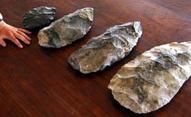 Le asce in pietra di grandi dimensioni, risalenti a 150 mila anni fa, ritrovate in Sudafrica